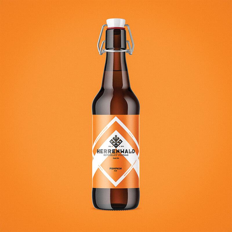 Etiketa na pivo, obalový dizajn PUMPKIN remeselný pivovar HERRENWALD